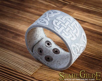 Leather Bracelet Cuff Wristband Celtic Knotwork  Vikings Nordic Talisman Amulet  Carving Leather!