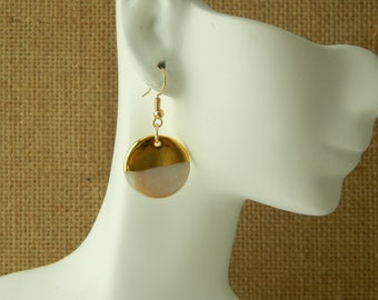 Mother of pearl charm discs dipped in 18kt gold plate, beach chic, boho style, summer jewelry, festival fashion, white and gold