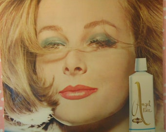Vintage Pond's Advertisement - Angel Face Make Up - 1960s Seventeen Magazine Ad
