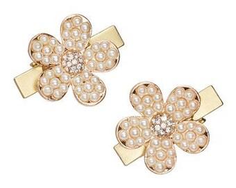 Two Pearl Flower Hair Clip Set