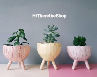 The Lines Collection - handmade home studio pottery, legged standing plant pot, succulent pot, pinch pot, ceramic pot, home decor.