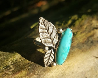 925 sterling silver ring with genuine turquoise stone