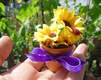 Fairy Garden Flower Pots Miniature flower pot fairy garden flower potminiature dollhouse flower pot with sunflower and ladybugdollhouse flower potsminiature flower pot workwithnaturefo