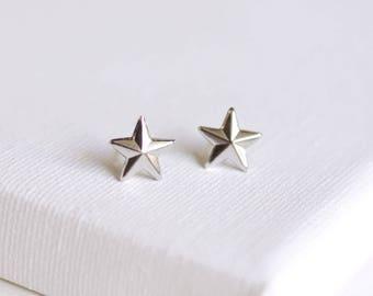 SALE . nautical star stud earrings . silver star earrings . simple star studs . star jewelry . nautical jewelry . tiny star studs