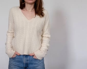 Vintage V-Neck Lambswool Angora Cashmere Cable Knit Cream Sweater, size L