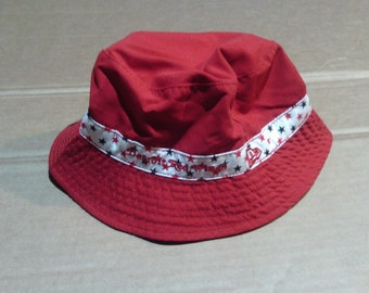 Detroit Red Wings Reversible Bucket Hat - Youth one size fits all