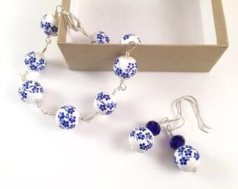 Blue and White Floral Bracelet Set