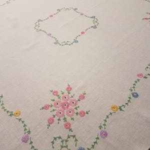 Floral embroidery antique vintage linen tablecloth