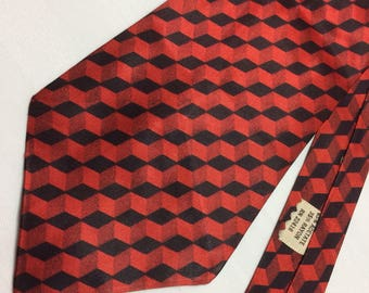 1950's red black diagonal 3-D necktie silky tie rayon acetate 3.5 inch wide dark red check patterned
