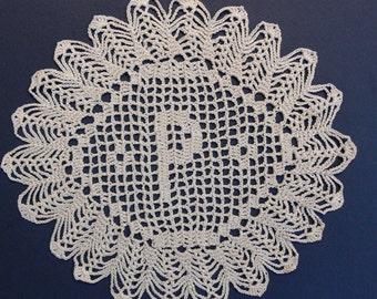 Personnalisé au crochet napperons initiales « P »
