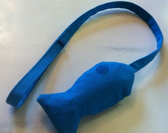 Blue TinoFish cat toy with Catnip