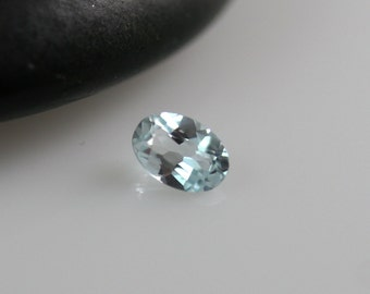 Blue Topaz Stone - 6mm - Blue Topaz - Oval Gem
