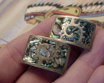 Vintage Mexico Silver Los Ballesteros 925 Sterling Silver Abalone Shell Inlay Earrings screwback 1940s 14t341