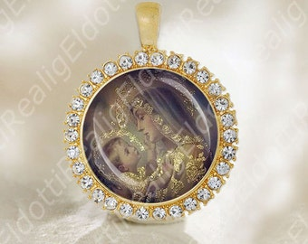Sweet Holy Virgin Mother Mary And Child Jesus Medal Catholic Religious Jewelry