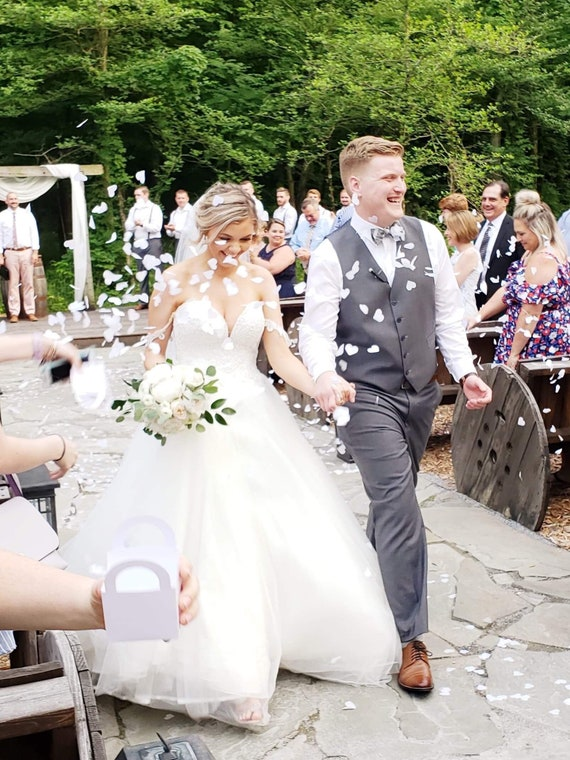 Heart Shaped Biodegradable Tossing Wedding Confetti