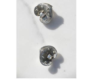 Lily Pad Earrings / 1960s Earrings / Statement Jewelry / Clip On