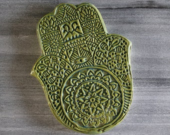 Hamsa (Light Green)