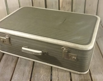 Striped Tweed Suitcase, Tweed Striped Liggage, Old Suitcase, Vintage Travel case, Show Prop, Movie Prop, Suit Case Decor, Old Luggage, Case