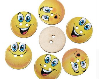 Set of 5 smiley face wooden buttons!