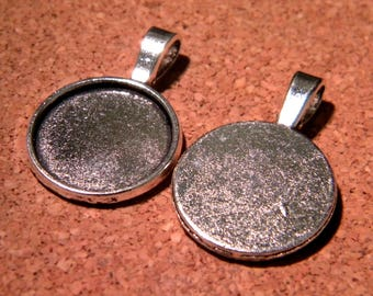 3 medium round cabochon pendant Silver - set of 18 mm - PF38