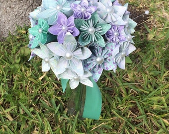 Paper Flower Bouquet // Paper Bridal Bouquet // Kusudama Origami Bouquet/ Flower Arrangement/ Wedding/ Paper Bouquet