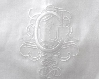 "Embroidered ""C"" Monogram Guest Towel in white with  Gallucci Border/Free shipping in US"