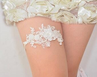ivory bridal garter, wedding garter, bride garter ,colorful rhinestone piece lace garter,, beaded floral garter,garter with rhinestone