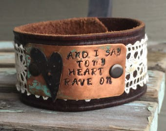 Rave On lace cuff