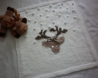 """Reindeer knit 100% baby blanket hand-made in France """"reindeer in the snow"""" white and beige 65 x 65 cm"""