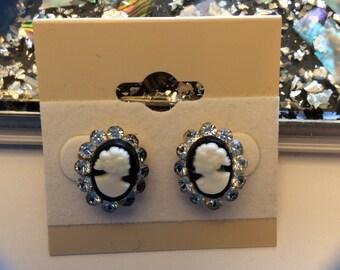 Vintage Cameo Post Earrings screw backs