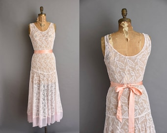 30s blush pink art deco full length lace vintage bridesmaid dress Medium vintage 30s dress