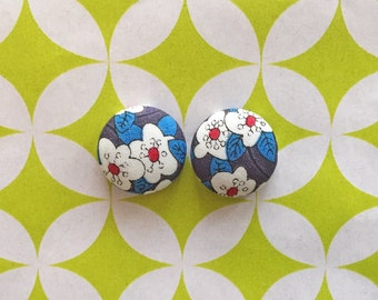 Fabric Button Earrings / Red White Blue / Wholesale Jewelry / Small Studs / Gifts for Women / Handmade Earrings / Sensitive Ears / Bulk