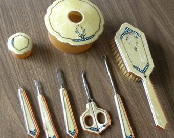 Rare Marbleized Celluloid Bakelit Depression Era Jeweled Dresser or Vanity Set