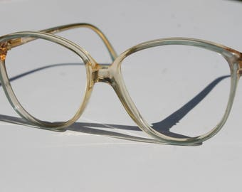vintage RAFFAELLO by TRENTI 8004 ELEGANT 6  56-16  clear with pearly light blue accent oversized eye/sunglasses frames made in Italy New