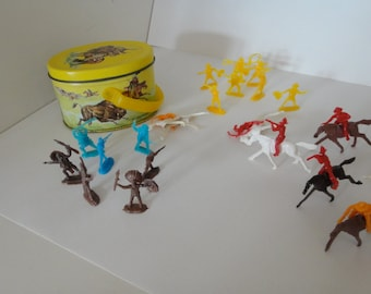 1976 Shackman miniature plastic cowboys and indians in metal painted tin