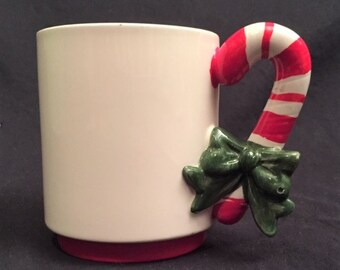 Enesco Christmas mug with candy cane handle