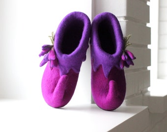 Fairy shoes felted from levander/purple merino wool - elf shoes - house slippers - made to order - unique gift - gift for her