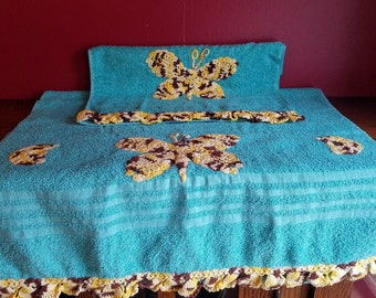 Embroidered Butterfly Towel Set- Teal Bathroom Towels