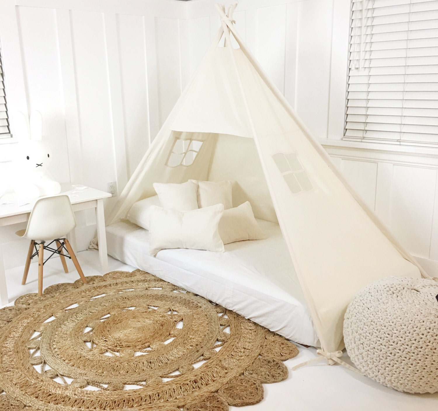?zoom & Play Tent Canopy Bed in Natural Canvas