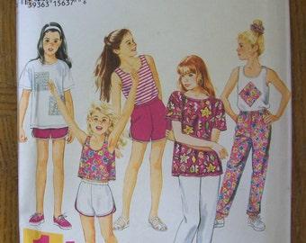 Simplicity 9075, Girl's Pants, Girl's Shorts, Girl's Gym Shorts, Girl's Tank Top