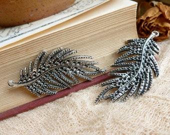 2x Feather Leaf Charm, Antique silver Necklace Pendants C271