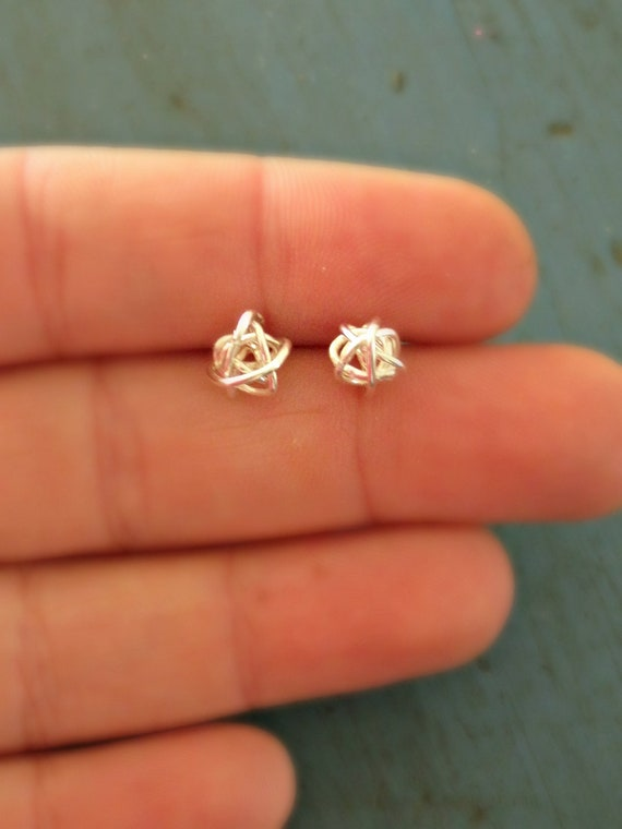 Sterling Silver Knot Stud Earrings 6PyWL