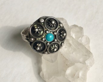 old Mexican silver and turquoise ring, adjustable