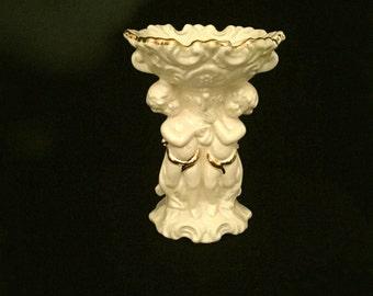 Vintage Mid-Century Pedestal Soap Dish         VG1917
