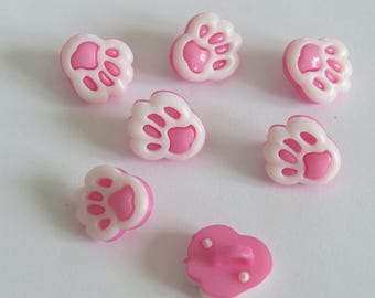 Pale pink and white animal print button
