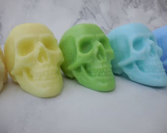 Skull Soap - Halloween Soap - Day of the Dead Soap - Dia De Los Muertos - Non Edible Halloween Favors - Halloween Party Favors - Scary Soap