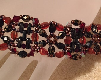 PATTERN Spinning Wheel bracelet Tutorial Pinch and Bar beads