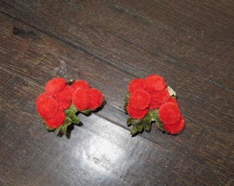 Vintage 1950s red berry shoe clips