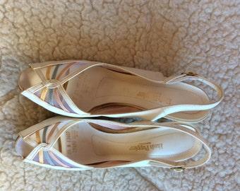 VINTAGE SHOES HEELS, Hush Puppies, summer white low heel, 8 1/2 N