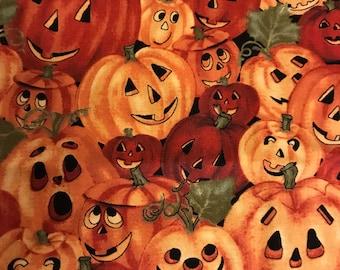 Harvest Moon #1490 by Northcott (Bunch of Jack-o-lanterns/orange)